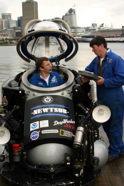 Deepworker Nuytco Research Ltd